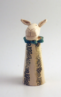 Lizzy – Ceramic Sheep
